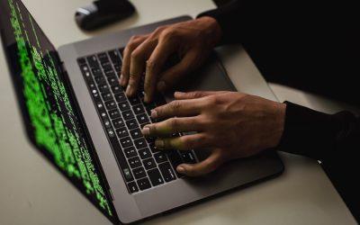 Qual o software ideal para identificar adulteração de dados?